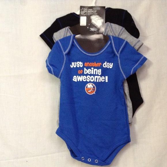 best sneakers 4f9a9 1b4ec NHL New York Islanders Baby Boys 3 PK Creeper Blue NWT